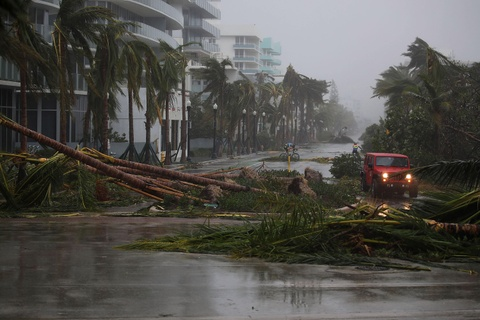 'Quai vat' Irma trut cuong no cuc dai len Florida hinh anh 18