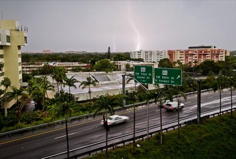 'Quai vat' Irma trut cuong no cuc dai len Florida hinh anh 10