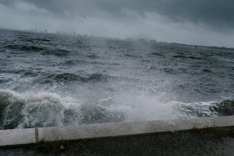'Quai vat' Irma trut cuong no cuc dai len Florida hinh anh 4