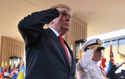 Tong thong Trump toi Hawaii, tham Bo Tu lenh Thai Binh Duong hinh anh