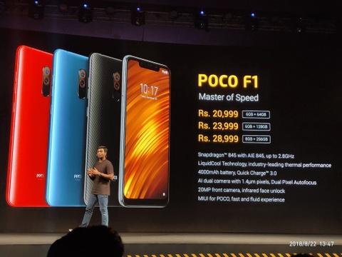 Pocophone - tro 've sau thoat xac' gia re cua Xiaomi de dau Samsung hinh anh 2