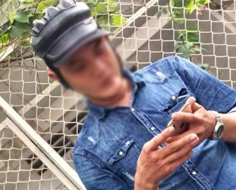 Bo 29 trieu mua iPhone XS Max, nhan duoc may mo hinh hinh anh 3