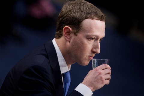 Cổ phiếu Facebook xuống thấp nhất trong 2 năm qua