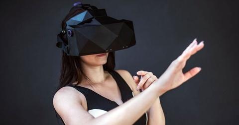 Kính VR đắt nhất thế giới sẽ có giá gần 6.000 USD
