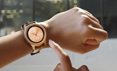 Samsung Galaxy Watch ve Viet Nam, gia tu 7 trieu dong hinh anh