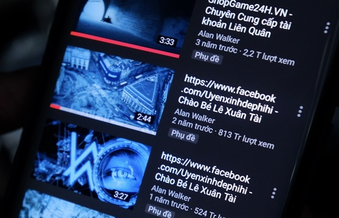 Nguoi Viet cay nat kenh YouTube cua DJ quoc te de ban hang online hinh anh