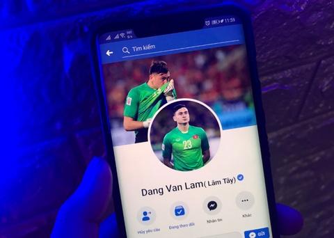 Facebook Dang Van Lam bi chiem quyen, lo thong tin nhay cam hinh anh