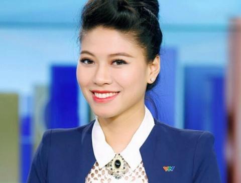 MC 'hotgirl' Ngoc Trinh: Lam o Dai co thua thoi gian de yeu hinh anh