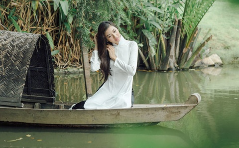 MV 'My Vietnam' - A khoi 3 Hoa hau Quoc te 2015 Pham Hong Thuy Van hinh anh