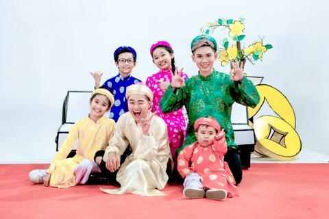 Xuan sum vay - Dai Nhan ft. Thanh Duy & Biet doi vui nhon hinh anh