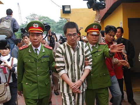 Nguoi cho ngay Nguyen Duc Nghia den toi hinh anh