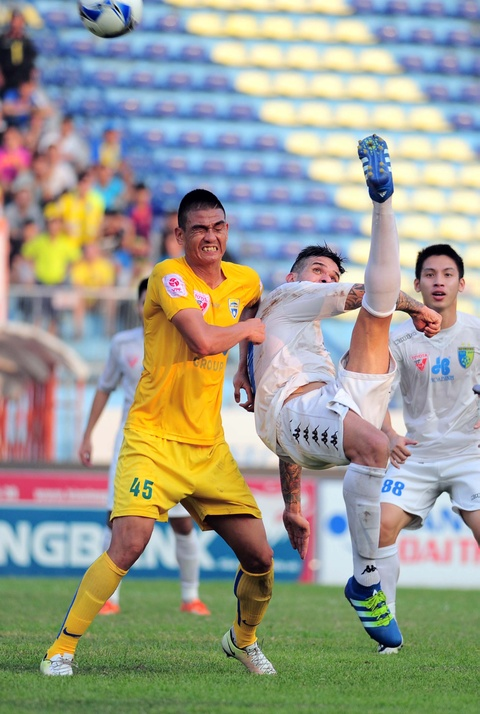 Ha Noi T&T dang quang nghet tho V.League 2016 hinh anh 3