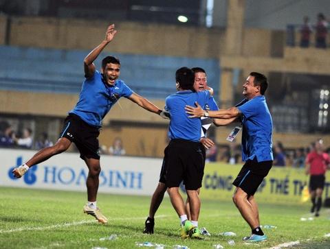 Ha Noi T&T dang quang nghet tho V.League 2016 hinh anh 9
