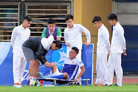 Tuyen thu U20 Viet Nam chan thuong nang o Cup quoc gia hinh anh 4