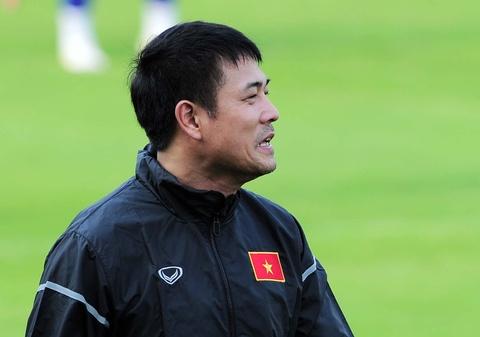 Xuan Truong cuoi hip mat khi tuyen Viet Nam tap buoi dau hinh anh 12