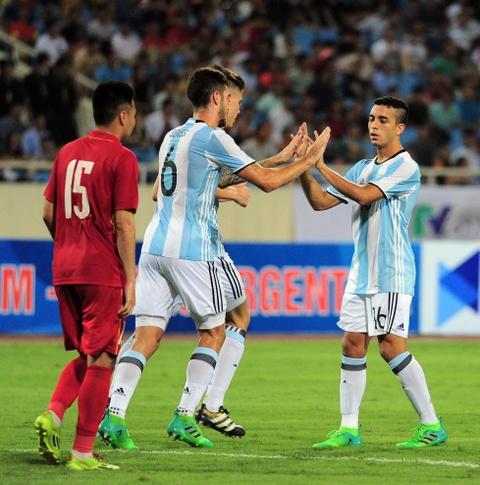 Cong Phuong, Tuan Anh duoc U20 Argentina 'khai sang' ve bong da hinh anh 10