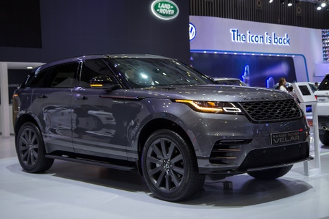 Range Rover Velar - SUV hang sang Anh quoc gia 4,9 ty dong hinh anh