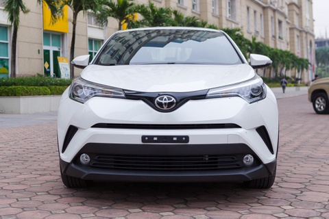 Toyota C-HR dau tien ve Viet Nam hinh anh