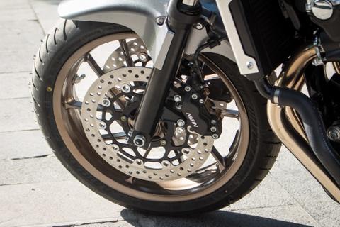 Honda CB1300SF 25th Anniversary gia gan 600 trieu tai Viet Nam hinh anh 6