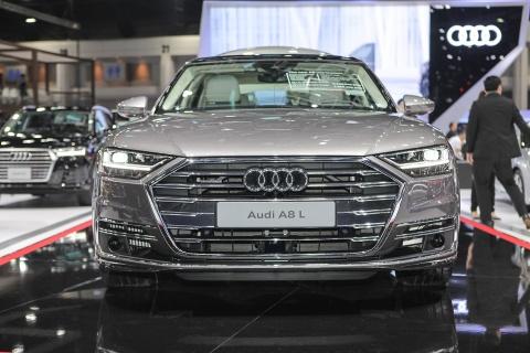 Danh gia nhanh Audi A8L - sedan cong nghe canh tranh S-Class hinh anh