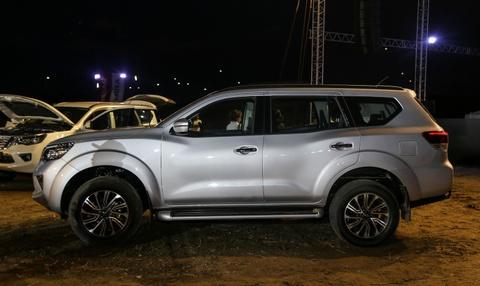 Nissan Terra 7 cho ra mat, gia tuong duong 650 trieu, ve VN dau 2019 hinh anh 3