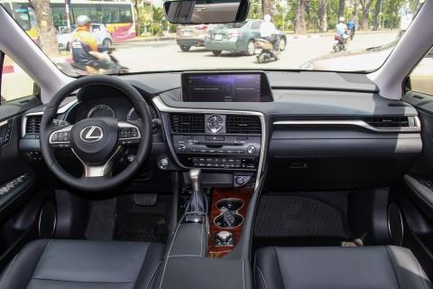 Lexus RX350L 7 cho dau tien ve Viet Nam, gia gan 5 ty dong hinh anh 10