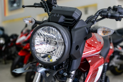 Honda CB150 Verza ve Viet Nam hinh anh