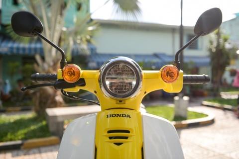 Huyen thoai Honda Super Cub doi 2018 gia 80 trieu dong ve VN hinh anh 3