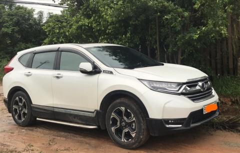 Khach to Honda CR-V 2018 vua su dung da bi gi set gam xe hinh anh