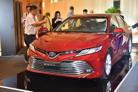 Toyota Camry 2019 ra mat tai Dong Nam A, gia tu 43.600 USD hinh anh