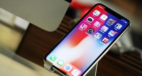Voi iOS 12, hieu nang iPhone 2018 se nghien nat cac doi thu? hinh anh