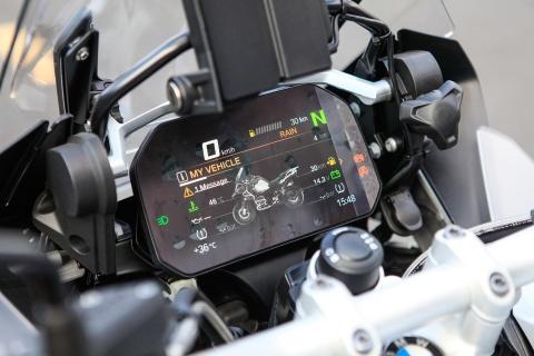 BMW R12000 GSA 2018 - sieu moto cho dan phuot gia 659 trieu hinh anh 6