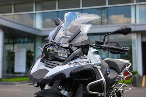 BMW R12000 GSA 2018 - sieu moto cho dan phuot gia 659 trieu hinh anh 2