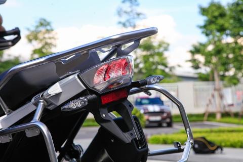 BMW R12000 GSA 2018 - sieu moto cho dan phuot gia 659 trieu hinh anh 4