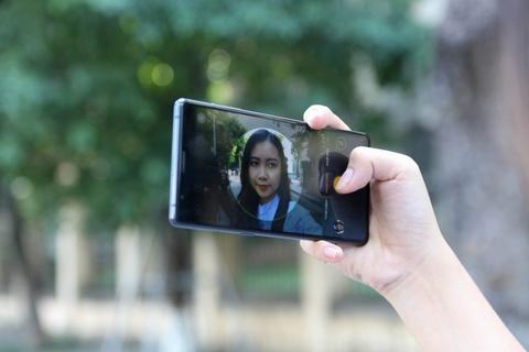 Danh gia Bphone 3 - no luc nghiem tuc cua smartphone Viet hinh anh 15