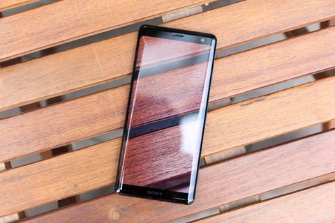 Chi tiet Sony Xperia XZ3 - gia 20 trieu, khong ban chinh hang o VN hinh anh 1