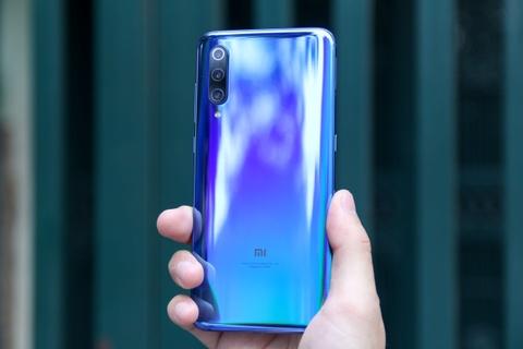 Xiaomi Mi 9 ve VN - Snapdragon 855, camera 48 MP, gia 12 trieu dong hinh anh 4