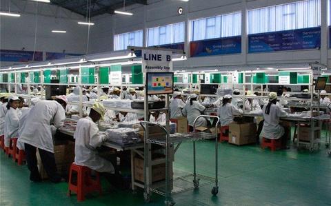 Khong phai Apple, Samsung, day moi la hang di dong lon nhat chau Phi hinh anh 2