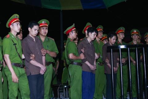 Hon 10 gio xu vu tham sat Binh Phuoc qua anh hinh anh 16