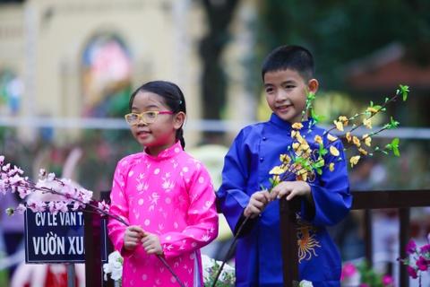 Hang nghin nguoi dao choi Hoi hoa xuan Tao Dan hinh anh 8