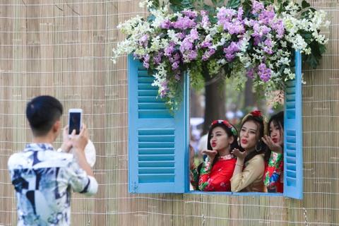 Hang nghin nguoi dao choi Hoi hoa xuan Tao Dan hinh anh 7