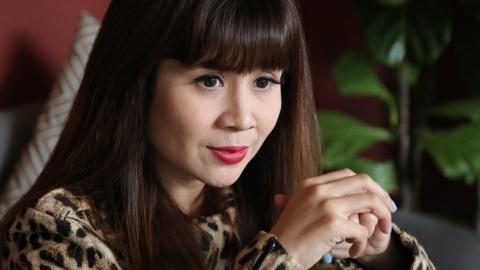 Luu Thien Huong: 'Tung co khoang thoi gian muon buong tay' hinh anh