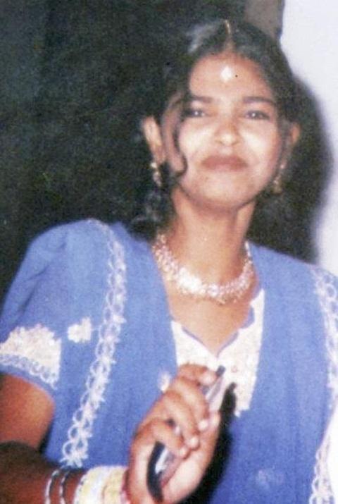 15 tuổi bị tạt axit và hành trình trở thành người nổi tiếng ở Ấn Độ
