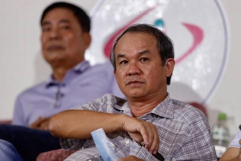 Bau Duc xem Lee Nguyen thi dau o V.League sau gan 10 nam hinh anh