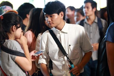 Chang trai 'mat tri nho' tiep tuc tim co hoi o Vietnam Idol hinh anh