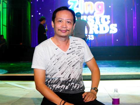 'Cac nghe si di xe cai tien ra san khau Zing Music Awards' hinh anh