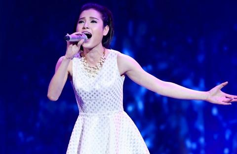 Phuong Trinh loai bo doi thu tren duong dua The Winner Is hinh anh