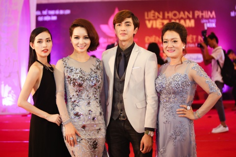 Mai Thu Huyen: 'Toi muon lam phim nghe thuat an khach' hinh anh 1