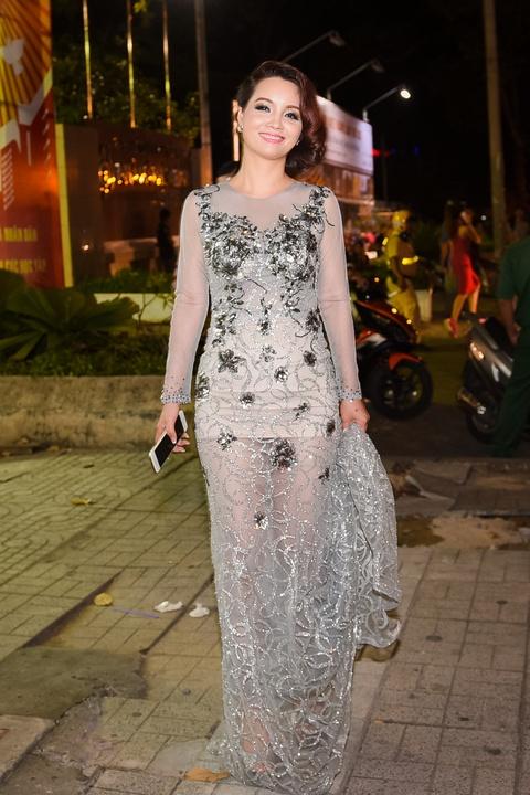 Mai Thu Huyen: 'Toi muon lam phim nghe thuat an khach' hinh anh 2