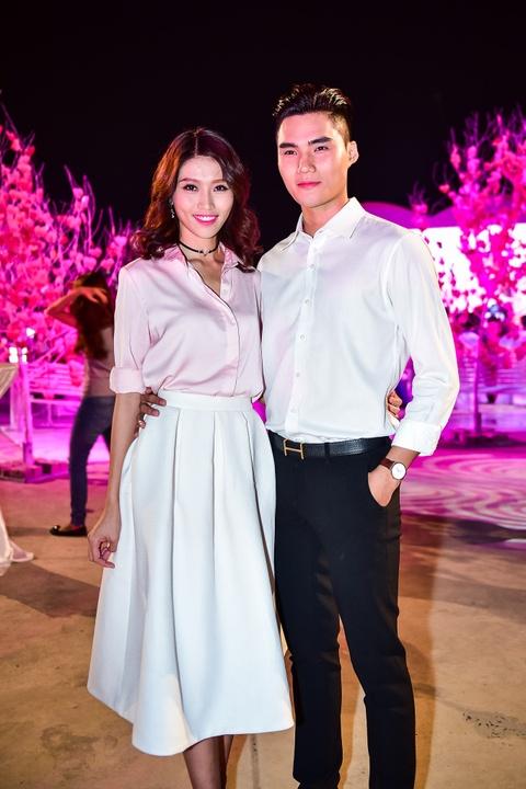 Cong Vinh tinh cam cham soc cho Thuy Tien hinh anh 8